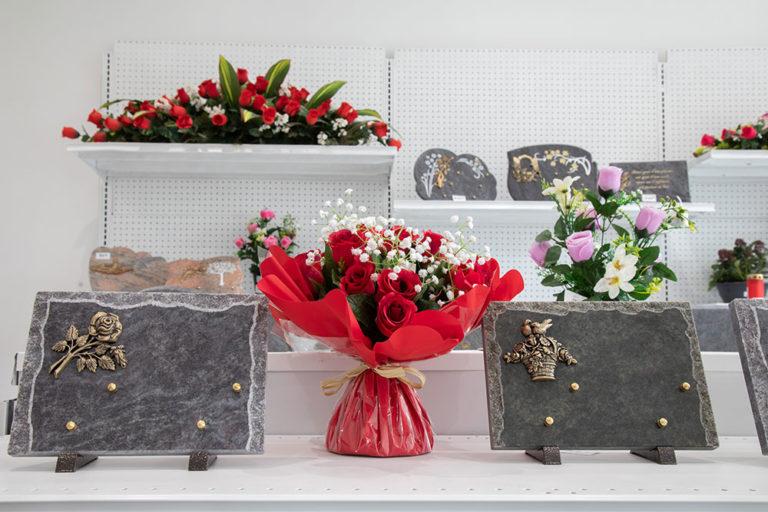plaques funeraires
