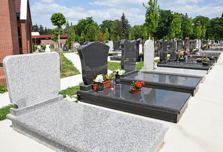 marbrerie - choix de pierres tombales